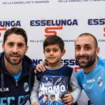 Le foto dell'incontro con i tifosi all'Esselunga di Lecco