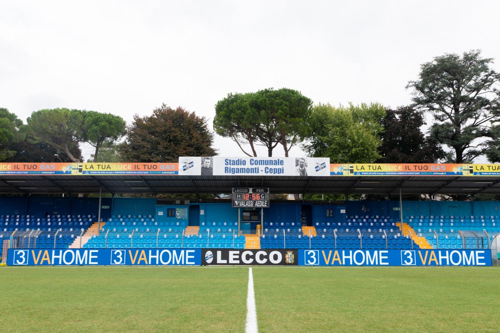 Comunicato congiunto Calcio Lecco 1912, Valassi Aedile e 3VAHOME per i nuovi pannelli Led bordocampo